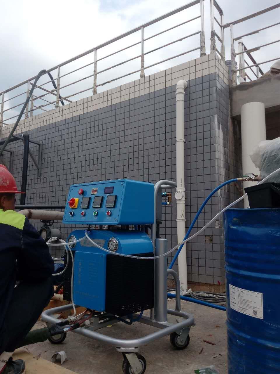 建筑聚氨酯发泡机保温施工案例